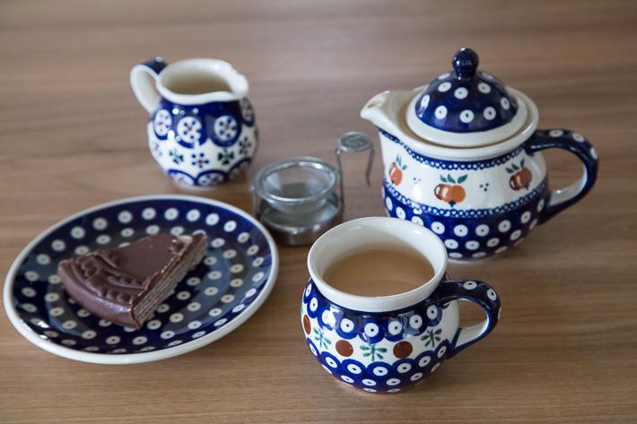 ポーリッシュポタリーとケニア紅茶2